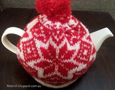 FitzBirch Crafts: Free knitted Nordic Tea Cosy Pattern