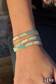 1000 ideas about peyote bracelet on peyote Loom Bracelet Patterns, Bead Loom Bracelets, Ankle Bracelets, Jewelry Patterns, Seed Bead Jewelry, Beaded Jewelry, Bracelet Making, Jewelry Making, Loom Bracelets