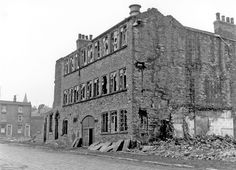 Derelict premises, prior to demolition, Pearl Street, between Cliffe Street and Boston Street