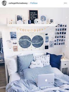 Blue Room Decor, Cute Bedroom Decor, Teen Room Decor, Room Ideas Bedroom, Teen Bedroom Decorations, Doorm Room Ideas, College Room Decor, College Dorms, Dorm Room Designs