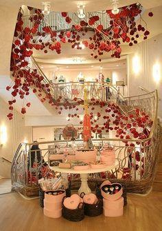 Henri Bendel Design Art, Design Ideas, Expensive Houses, Window Ideas, Mans World, Henri Bendel, Rose Bouquet, Retail Design, Girls Best Friend