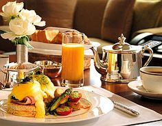 Delicious morning room service at a luxurious New York City hotel| NYHotelsFast.com