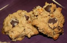 This is a recipe from the Deceptively Delicious cookbook by Jessica Seinfeld. There are some really great recipes in this cookbook that can be easily tweaked to be gluten free. I have an exceptionally picky 2 year old and even he loves these cookies. They have chickpeas (a.k.a. garbanzo beans) in
