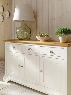 Lámpara de sobremesa de cristal Sideboard Dekor, Credenza Decor, Kitchen Sideboard, Kitchen Decor, Paint Furniture, Home Decor Furniture, Dining Furniture, Furniture Makeover, Furniture Design