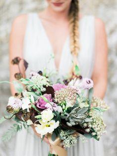 Bouquet perfection: http://www.stylemepretty.com/2015/03/06/gilded-goddess-wedding-inspiration/ | Photography: Honey Honey - http://www.hoooney.com/