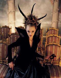 fairytale photoshoots   Photo by Bob Carlos Clark   fantastic, fairytale photoshoots