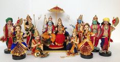 Meet The Maker: Ramani, Doll Maker & Founder, Artefakt, Nagpur – By Hand From The Heart: One Show, Many Stories! Ganesh Chaturthi Decoration, Indian Culture And Tradition, Quilling Dolls, Lord Rama Images, Ganapati Decoration, Dancing Dolls, Colorful Rangoli Designs, Indian Dolls, Diy Shops