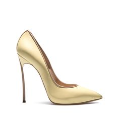 Discover the Casadei #LemonSorbet #Style by clicking on the picture.