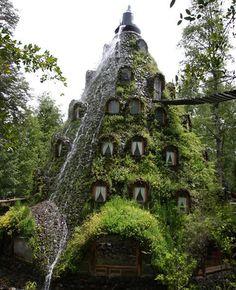 """Coñaripe, Chile: Hotel """"Montaña Mágica"""", Panguipulli, Región de Los Ríos"""