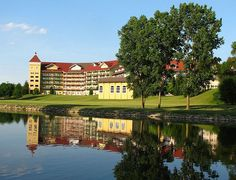 Barvarin Inn, located in beautiful Frankenmuth, Michigan Frankenmuth Bavarian Inn, Frankenmuth Michigan, Vacation Places, Vacation Spots, Vacation Ideas, Vacations, Michigan Travel, Lake Michigan, Great Places