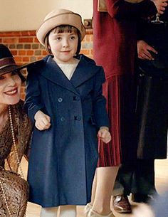 Last Days of Downton .Sybbie hugging her cousins. Sybbie, Marigold, George of Downton Abbey, Season Downton Abbey Season 6, Downton Abbey Series, Lady Sybil, The Old Curiosity Shop, Dowager Countess, A Writer's Life, Book Tv, Edwardian Era, Pride And Prejudice