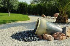 jardin avec cailloux | Société des jardins méditerranéens - Délégation du…