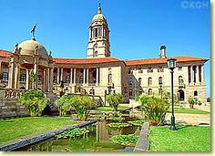 Union Building in Pretoria. Residence of the South African Presidency and government. Most Beautiful Beaches, Beautiful World, Purple City, Lake Hotel, Summer Months, Winter Months, African Union, Places Worth Visiting, Namibia