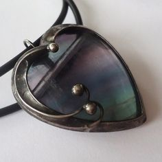 Heart Jewelry, Unique Jewelry, Cool Works, Gemstone Colors, Jewerly, Heaven, Bead, Pendants, Brooch
