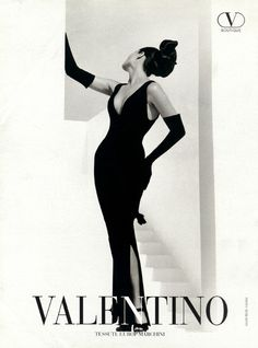 Christy Turlington by Herb Ritts for Valentino S/S 1995