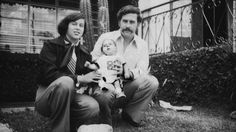 Pablo Escobar with His wife Maria Victoria Henao Escobar born 1976 died 1993 Pablo Emilio Escobar, Pablo Escobar Son, Manolo Escobar, Thug Life, The Godfather, Bibliophile, Percy Jackson, Mafia, Slums