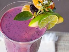 Amazing Berry Smoothie that Burns Calories Instantly