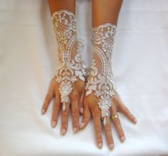 Ivory Wedding gloves bridal gloves lace gloves by GlovesByJana, $30.00
