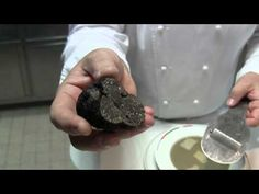 ▶ 3 Michelin star Guy Savoy presents his cuisine - YouTube