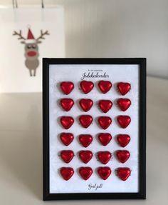 """@madebykathrine on Instagram: """"En liten, hjemmelaget julekalender til lillesøster ❤️ Kommer langt med sjokolade og gode ord! ✨🎄#adventskalender #sjokolade #julekalender…"""" Christmas Angel Crafts, Pink Christmas Decorations, Christmas Art, Handmade Christmas, Wrapping Ideas, Diy And Crafts, Crafts For Kids, Lego Craft, Nature Decor"""
