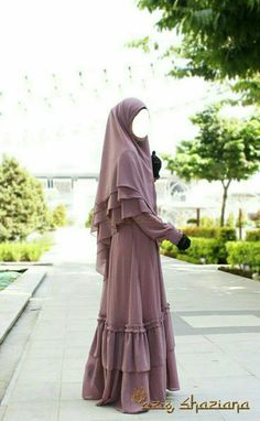 Hijab Islamic Fashion, Muslim Fashion, Modest Fashion, Fashion Dresses, Modest Dresses, Modest Outfits, Habits Musulmans, Ruffle Bottom Dress, Stylish Hijab