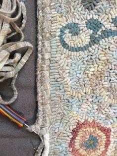 Folk Embroidery Tutorial northwest folk design: The Designer in Me, Honors the Designer in You! Rug Hooking Designs, Rug Hooking Patterns, Penny Rugs, Rug Binding, Latch Hook Rugs, Hand Hooked Rugs, Folk Embroidery, Handmade Headbands, Handmade Rugs