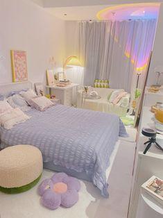 Room Design Bedroom, Room Ideas Bedroom, Home Room Design, Dream Bedroom, Bedroom Decor, Pastel Room, Cute Room Decor, Minimalist Room, Pretty Room
