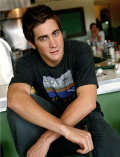 Young Jake Gyllenhaal. Why are you so beautiful!?