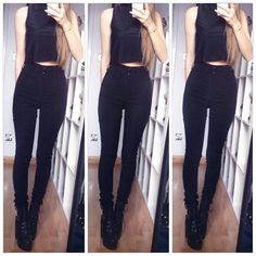 I forgot how amazing this outfit was 👌 #blackonblack Crop top - Primark  Jeans - Tobi  Shoes - Tobi