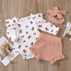 Trendy Baby Girl Clothes, Cute Baby Girl Outfits, Newborn Girl Outfits, Baby Kids Clothes, Baby Girl Newborn, Kids Outfits, Baby Girl Pants, Baby Girl Romper, Baby Fashion Clothes