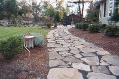 Kendin Yap ile Döşeme Taşlarla Yapılmış Yürüme Yolları