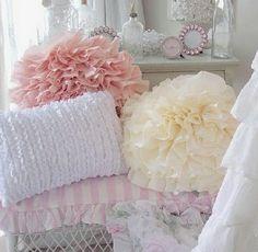 purty ruffle pillows