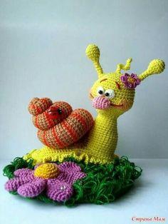 Adorable amigurumi inspiration from Смрапа Мам.  #crochet #amigurumi #crochetersanonymous