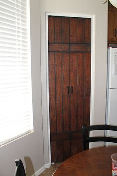Home Remodeling Closet maybe the cheapest option for our bedroom closet redo? -- SIMPSONIZED CRAFTS: Turning Bi-Fold Doors into Faux Barn Door {Tutorial} Bedroom Closet Doors, Closet Redo, Master Bedroom, Old Doors, Sliding Doors, Interior Barn Doors, French Doors, Home Projects, Home Remodeling
