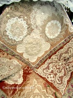 Suziqu's Threadworks: A bit of Lace and A dash of Velvet