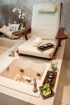 Relax with this signature Mojito Manicure & Pedicure, cocktail included! 80-minutes   $100 available now until September, 30, 2013.