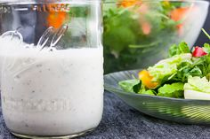 Southern Buttermilk Dressing - So simple to make you will never purchase store-bought again! A creamy, tangy buttermilk dressing flavored with fresh herbs that's great on salads, pasta or a vegetable dip. Buttermilk Salad Dressing, Cornbread Dressing, Dressing Recipe, Bbq Chicken Rub, Smoked Chicken Wings, Southern Salad, Mac And Cheese Sauce, Roasted Tomatillo Salsa, Creamy Tomato Basil Soup