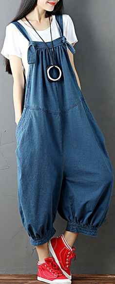 Amazing O-NEWE O-NEWE Strap Pocket Splicing Lantern Trouser Legs Jumpsuit For Women on Newchic, there is always a plus size jumpsuits and rompers that suits you! Rock Outfits, Girl Outfits, Fashion Outfits, Denim Outfits, Fasion, Doll Dress Patterns, Plus Size Jumpsuit, House Dress, Thing 1