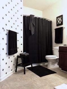 IG @grayglow | Black & white | Scandinavian style | Bathroom. Washi tape | Swedish crosses | Pattern | Interior