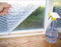 Ten Amazing Things You Can Make With Bubble Wrap Survival Prepping, Survival Skills, Survival Gear, Consejos Feng Shui, Diy Generator, Recycling, Survival Quotes, Hacks, Bubble Wrap