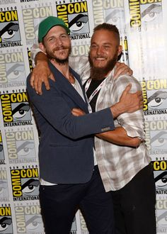 """Gustaf Skarsgard and Travis Fimmel show just how close the cast of """"Vikings"""" really is at Comic Con."""