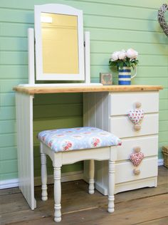 Shabby Chic Farmhouse Dressing Table painted in Farrow & Ball Slipper Satin 2004 Estate Eggshell - The Welsh Dresser Company, Liverpool UK