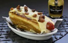 Garage Burger: hot dog acompanhado de creme de queijos e bacon (R$ 15).