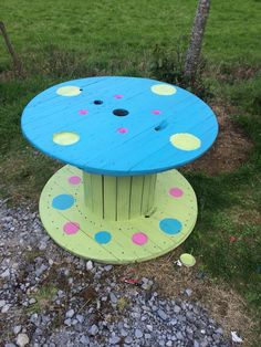 Cable reel kids table