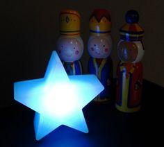 Follow the star hidden around the house each day of advent (similar to Elf on a Shelf)