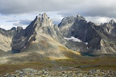 Discover Yukon's Tombstone Territorial Park on the Dempster Highway. Map, facilities, backcountry camping, hiking, winter recreation at Tombstone. Go Camping, Outdoor Camping, Wilderness, Beautiful Places, National Parks, Hiking, Mountains, Yukon Canada, Quebec