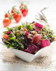 Bunter Salat mit gerösteten Walnüssen und Belugalinsen Rezept - SONNENTOR.com