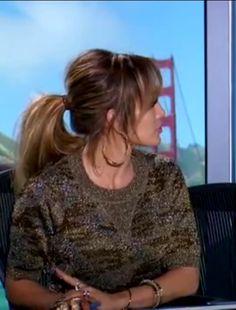 Side bangs ponytail
