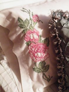 cross stitch roses pillowcase