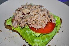 - Кипр в моем сердце.   Сложный  бутерброд  с  песто  и  тунцом.
